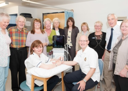 Alfred Bean Friends donate ultrasound scanner to Physiotherapy Department